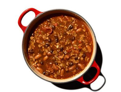 Named for the gorgeous pint of Guinness it contains, this thick, meaty chili is ideal to make on a lazy Sunday as it takes time to simmer.