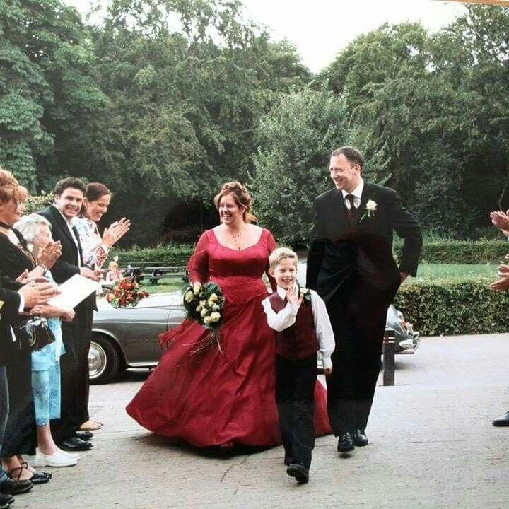 Mijn rode trouwjurk op 22-08-2002