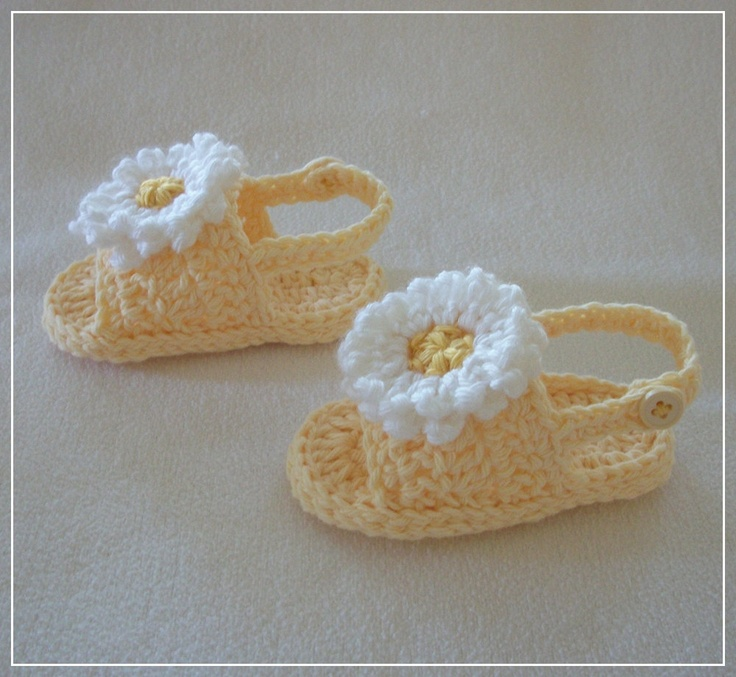Crocheted Baby BackStrap Sandals in Yellow w/White