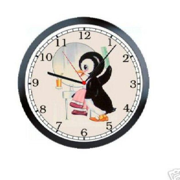 8 best balloon fun images on pinterest balloon for Bathroom clock ideas