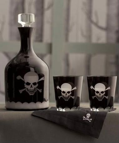 ☠ Skull and Crossbones Decanter Set ☠ I bought this set for my husband ;) it's really nice and I'm happy that he liked them as well, since the skull and crossbones is more my thing than his lol