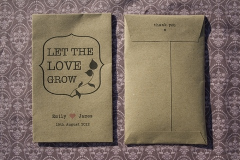 This is such a cute idea! Seed packet favors