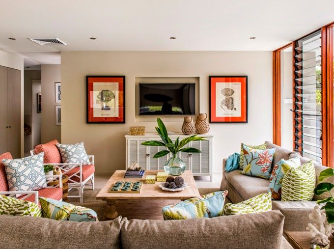 I like this layout...two couches plus two armchairs around a coffee table.