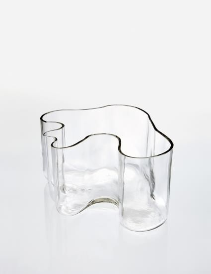 "PHILLIPS : NY050414, Alvar Aalto, Vase, model no. 9749, from the ""Eskimoerindens skinnbuxa"" sketch series"
