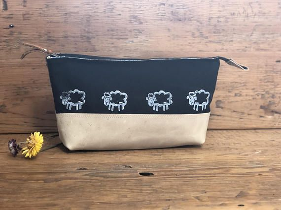Canvas Tweed and Leather Bag with Sheep  Make-up bag Art