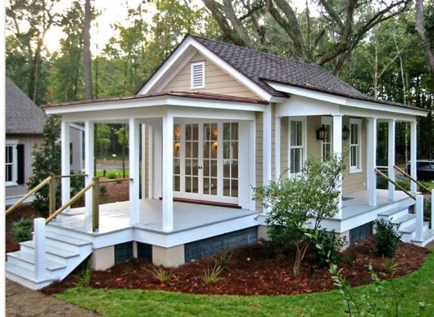 Pin by Sandy Gilbreath on Tiny Houses | Pinterest | Tiny houses and ...