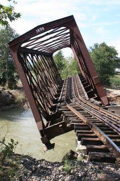 1000+ ideas about Train Tracks on Pinterest | Railroad Tracks ...
