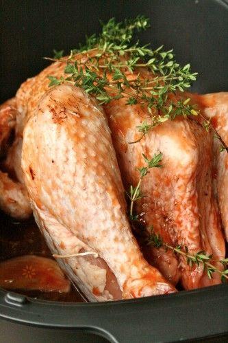 Une recette presque qu'inavouable… Le traditionnel poulet rôti du dimanche qui se pare d'une sauce barbecue express réalisée avec du Coco cola, du ketchup et quelques aromates – Bref, une recette en marque déposée, très simple, qui demande un minimum...
