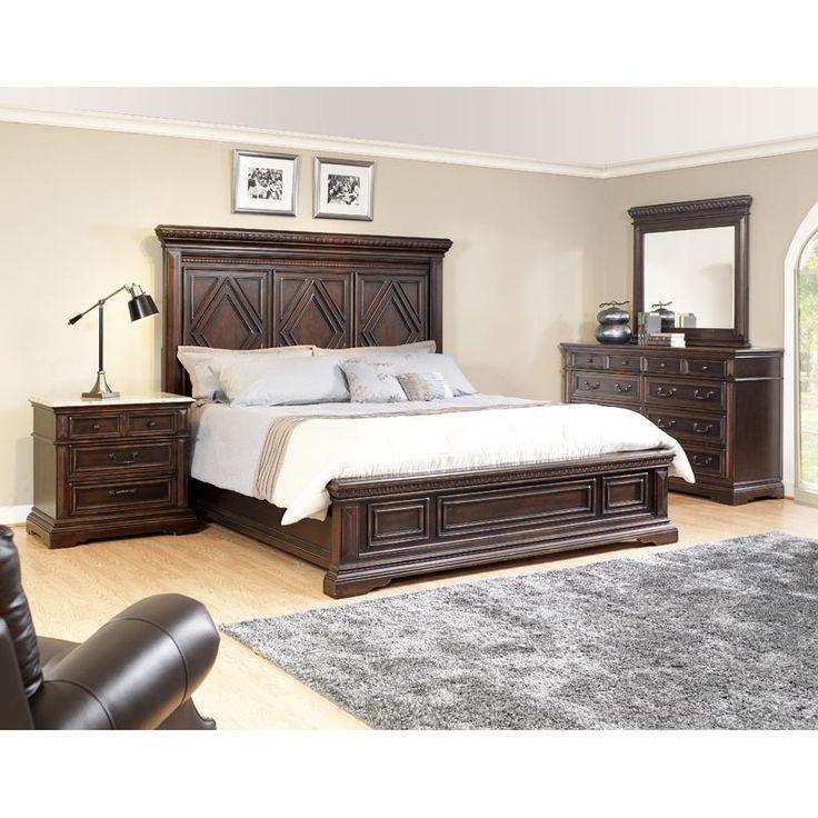 Statement Headboard? Yes, Please. Castle 3 Pc. King Bedroom | Weekends Only