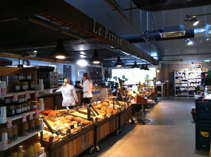 Le Perron (oftwel Bakkerij 't Stoepje in een ander  jasje) @Landmarkt Amsterdam