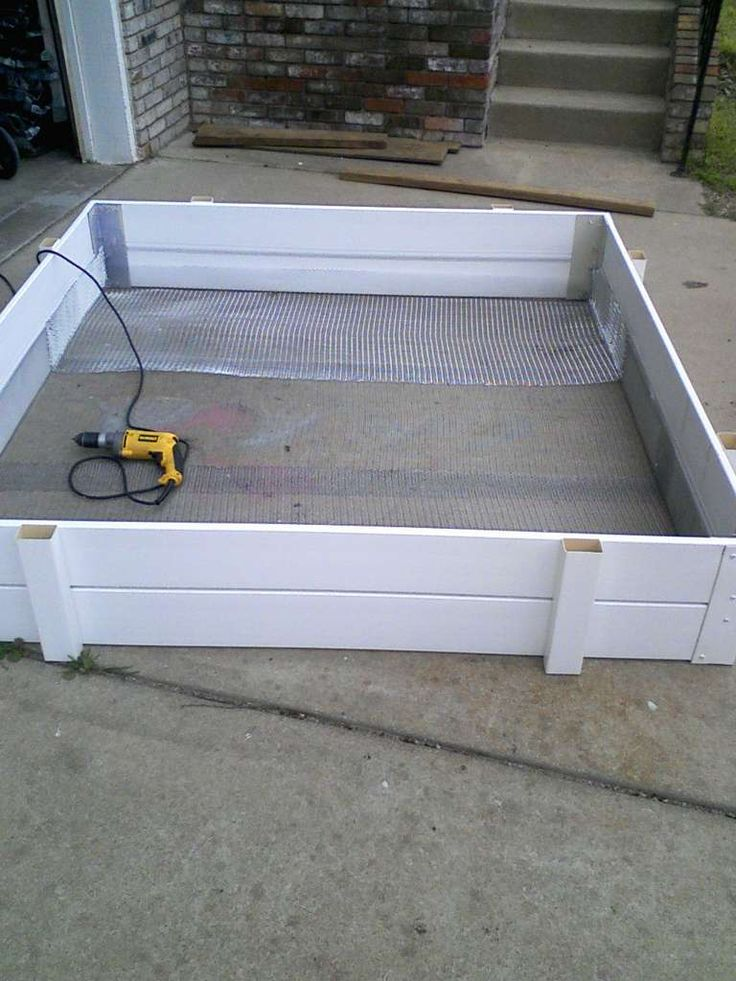 how to build a raised bed garden box drainage