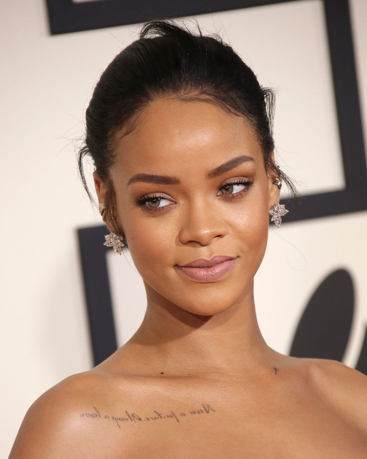 Rihanna hanging out with Blue Ivy is the cutest part of your Monday