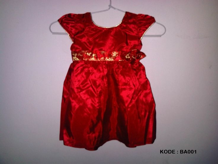 #Dress Anak. Kode : BA001 ~ 60ribu. #Bahan : Tapeta. Warna : Merah. Ukuran : S = 3 - 6 bulan (LD = 56cm, Pjg = 40cm). Ukuran M = 6 - 9 bulan (LD = 56cm, Pjg = 44cm)