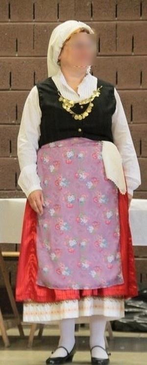 http://galerie.alittlemarket.com/galerie/product/231486/autres-mode-costume-traditionnel-grec-de-cepha-1648201-cephalonie-53ff5_570x0.jpg