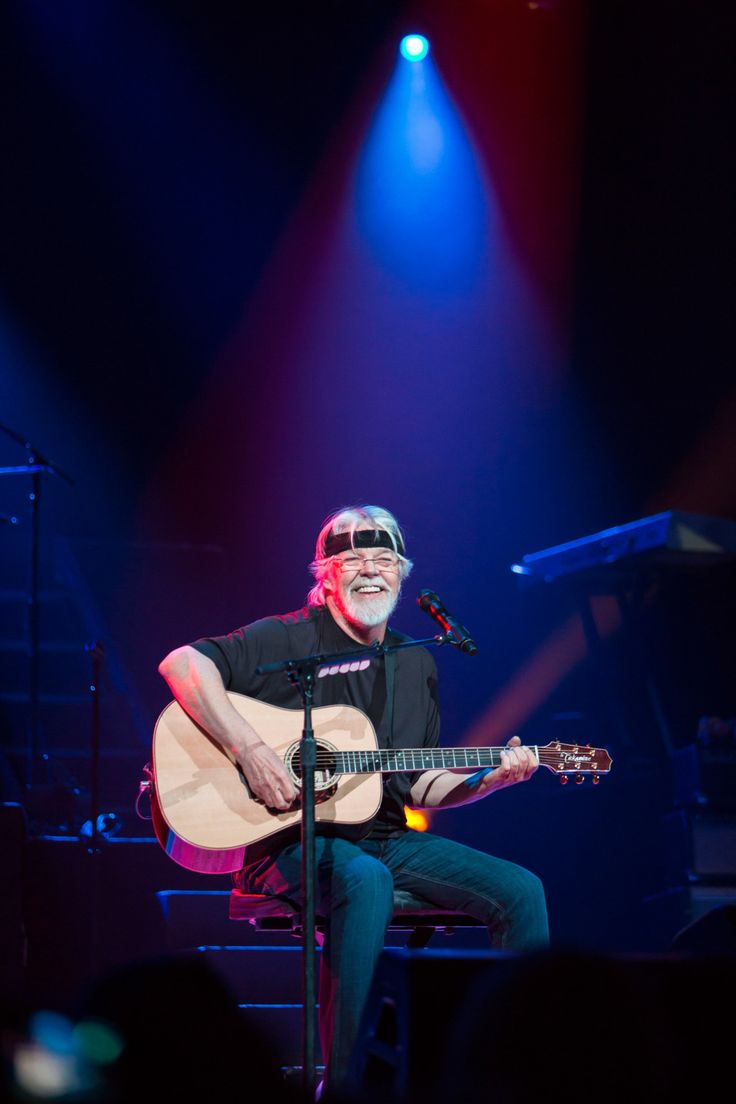 I got all tingly when I read this. I got hooked on The Silver Bullet the first time I heard the sax on Turn The Page and now- Turn the Page: Bob Seger to Release First Album in Eight Years This Fall ♚☮Ⓛⓞⓥⓔ☮♚