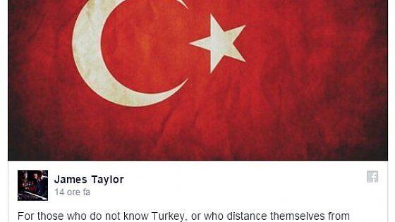 In un lungo post su Facebook, un cittadino inglese che vive in Turchia paragona la reazione agli attentati di ieri con quella in occasione degli attacchi ad