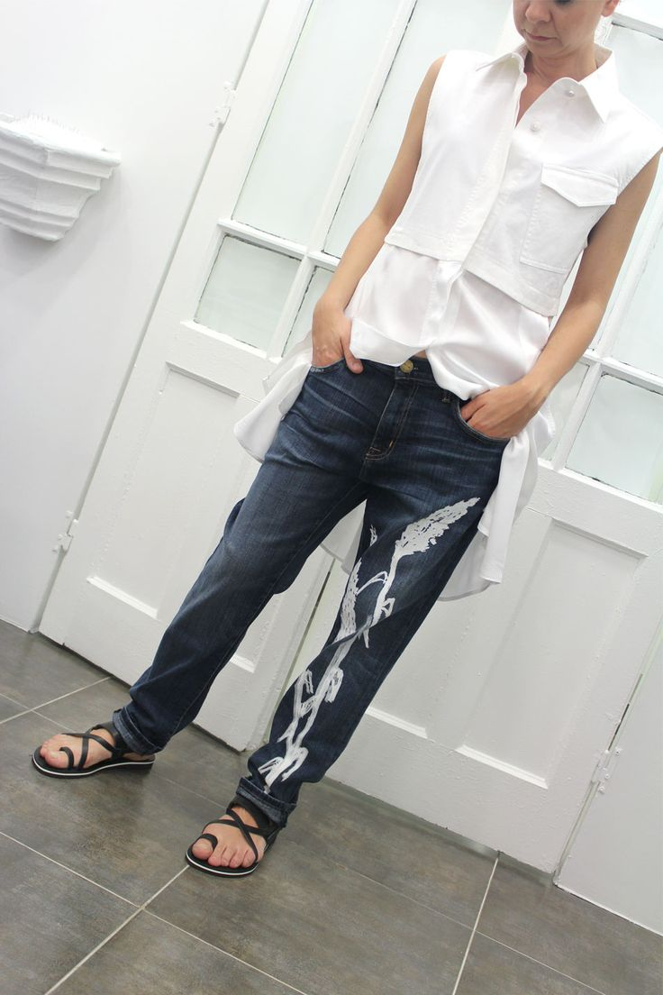 La edición limitada de jeans pintados a mano en Arropame + Vestido #AlexanderWang + sandalias #Isapera http://arropame.com/la-edicion-limitada-de-jeans-pintados-a-mano-en-arropame/ #arropame #conceptstore #bilbao #shoponline #shopping #EdicionLimitada #jeans #byarropame #fashion #ss16 #ootd #outfit #style #love