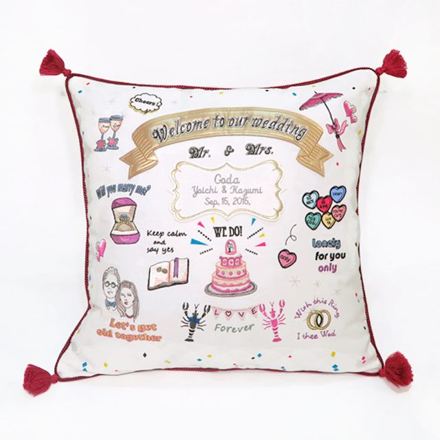 "Welcome cushion ""LOVE&CHIC"" RED 