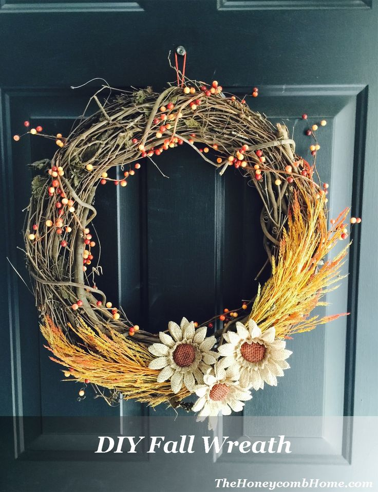 DIY Fall grapevine wreath with burlap sunflowers TheHoneycombHome.com