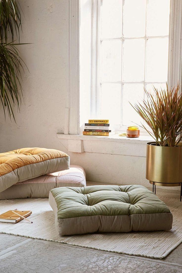 Wie Dekorieren Zimmer Mit Boden Kissen Mobelde Com Meditation Raumdekor Bodenkissen Wohnzimmer Bodenbelag