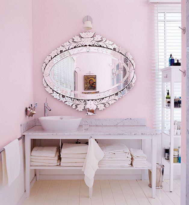 pretty pink bathroom