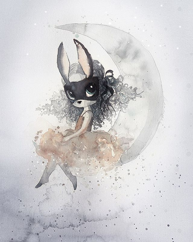 Mrs Mighetto (@mrsmighetto) op Instagram: 'To the moon and back MISS ALICE • Alice in the moon is certainly solitary, but her task is the most…'