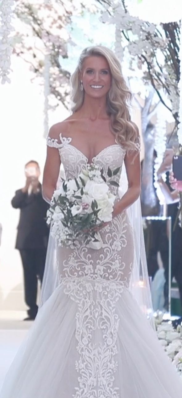 Watch the moment real bride Aly walks down the aisle -- she had the whole room in awe.