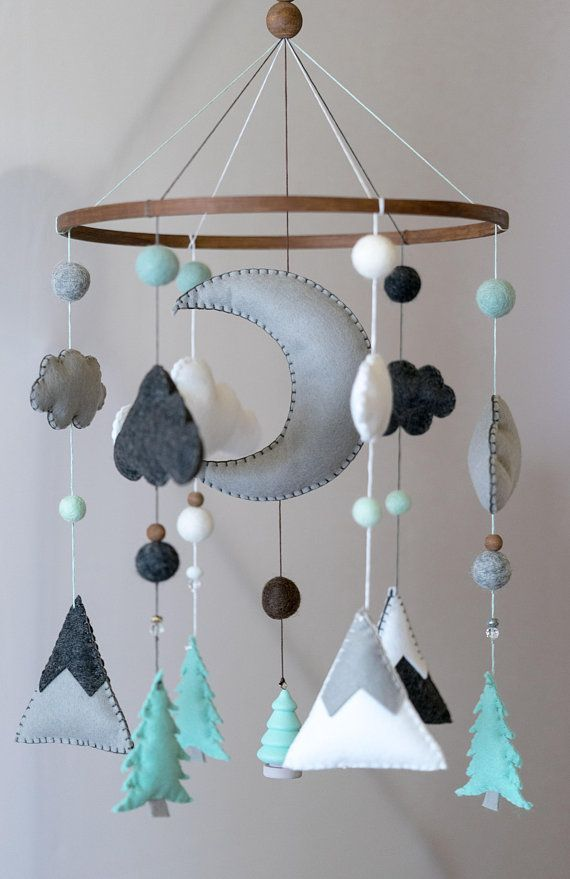 Blue Mint Woodland Kindergarten / Filz Mobile / Mountain Nursery / Felt Moon / Woodland Mobil…