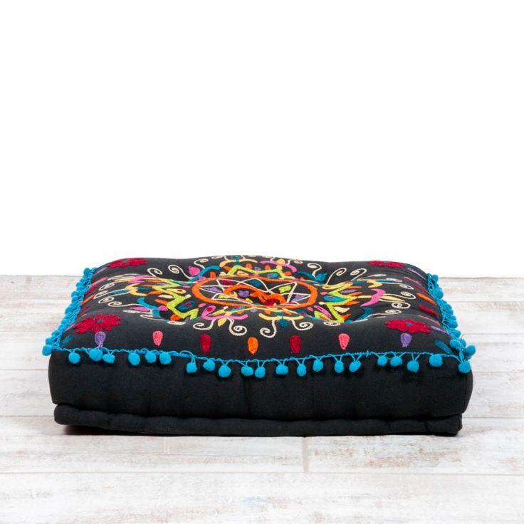 202 best COUCHFRIENDS images on Pinterest Pillows, Round pillow - zip bed designer bett reisverschluss