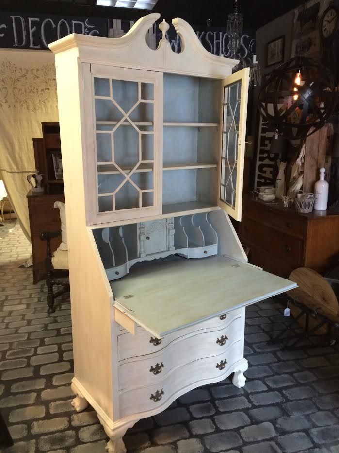 Secretary Desk reinvented with Chalk Paint® by Annie Sloan. Old White  exterior, Louis