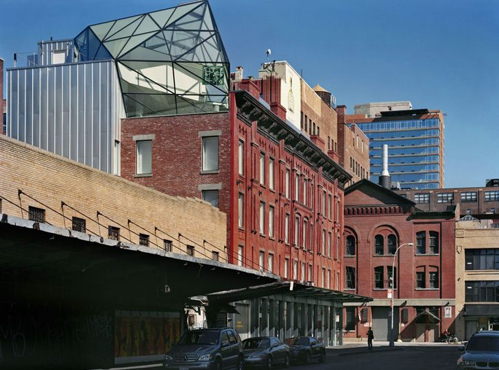 Diane von Furstenbergs Stunning Glass Roof Penthouse Atop DVF Flagship Store (7)