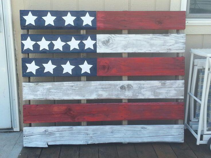 Pallet Flag using spray paint.