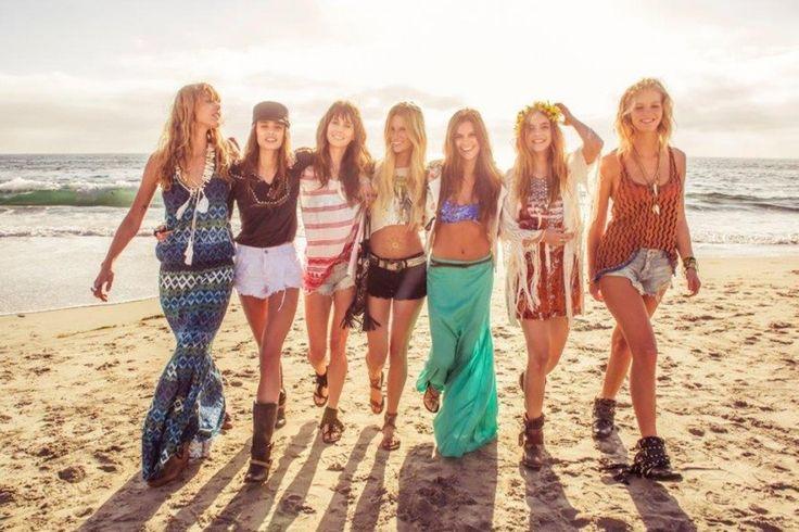 """In qualsiasi modo lo si voglia vedere, l'argomento """"moda"""" è sempre di grande interesse per tutti, soprattutto per i Teenager che ne prendono spunto e la portano per le strade! Ma quale sarà la moda femminile targata """"estate 2016″?"""