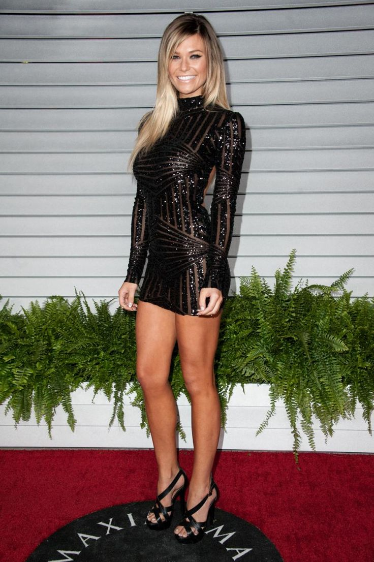 WOW Samantha Hoopes' 9 Most Stunning Red Carpet Looks