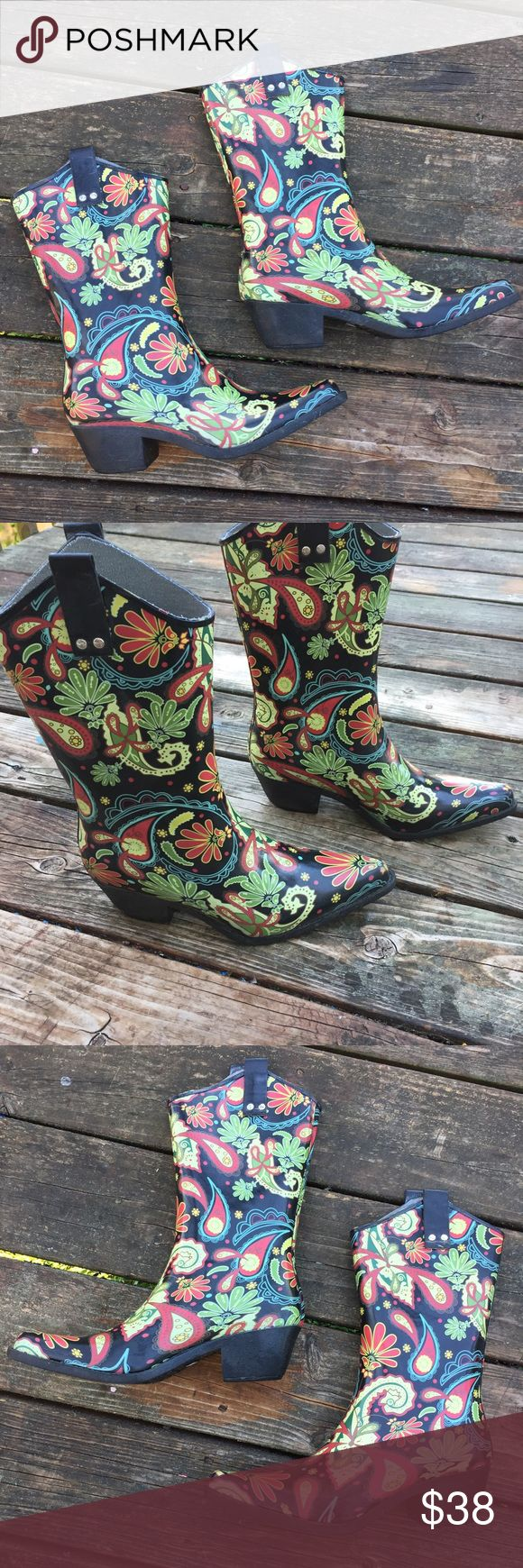 Nomad Cowgirl Rain boots Size 9 Up for sale in very good preowned condition Nomad Cowgirl Rain Boots, Size 9. Check out my closet, bundle and give me your offer! Nomad Footwear Shoes Winter & Rain Boots