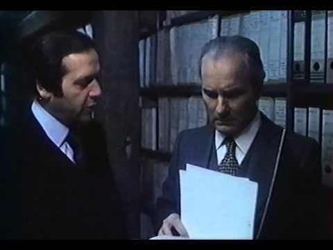 La raison d'état (1978) - YouTube
