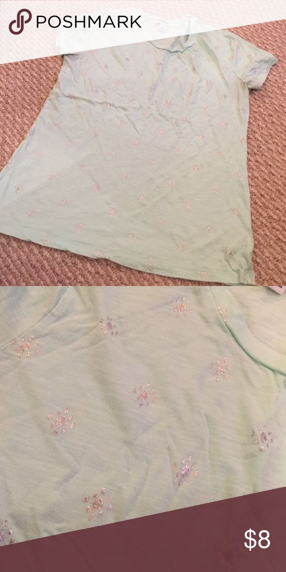 Mint and silver tee Adorable Old Navy Tops Tees - Short Sleeve