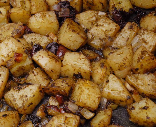 Pesto Potatoes - Rufus' Food and Spirits Guide