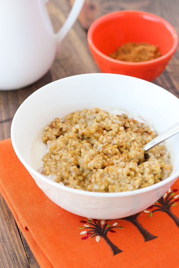Overnight Creamy Pumpkin Maple Oatmeal. Easy, make-ahead oats that ...