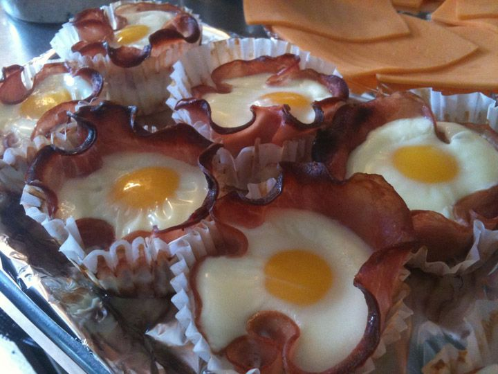 These breakfast cupcakes look like seriously good times. Easy, quick, and can be modified. Take a slice of ham or bacon and put it into the cupcake wrapper. Simply break in an egg and bake! You can also add some yumminess underneath the egg… perhaps some cheese? As some of you may know I hate the trend of cupcakes, but I can never hate on breakfast… it's the most important meal of the day…