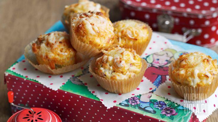 Sycące muffinki z kukurydzą i szynką