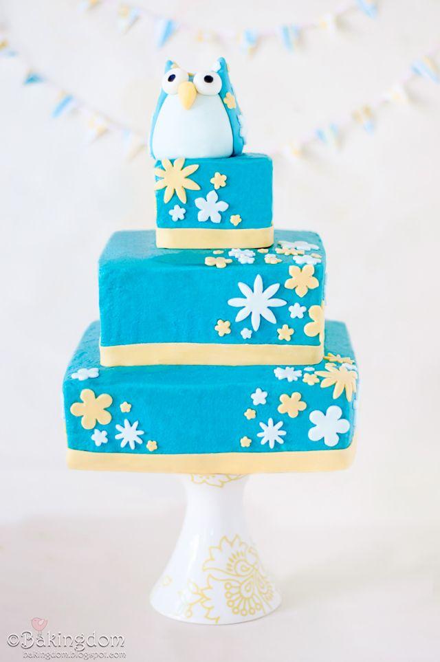 Cute Owl Birthday Cake FoodBlogs.com