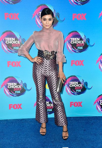 Best Dressed From Teen Choice Awards 2017