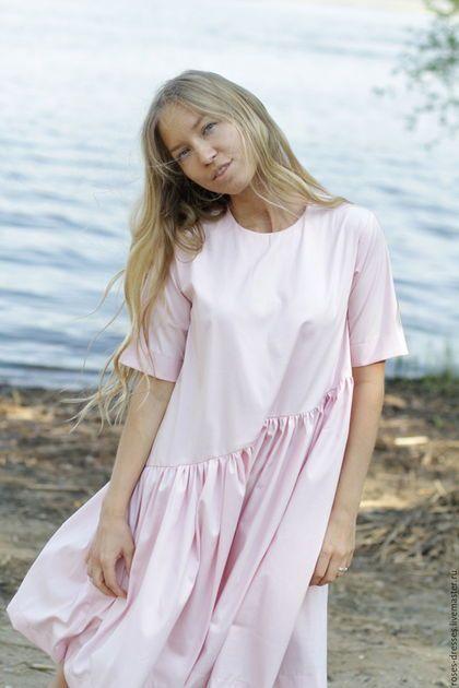 Купить или заказать Платье свободного кроя в интернет-магазине на Ярмарке Мастеров. Платье из плотного приятного на ощупь хлопка. Пышное, не сковывает движений. Цвет нежный. Крой подходит так же и девушкам ожидающим малыша.