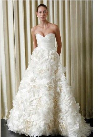 The DREAM Dress- Monique Lhuillier Sunday Rose Wedding Dress $4,500