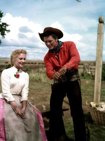 Oklahoma with Gordon Macrae and Shirley Jones - nobody does it better ;)