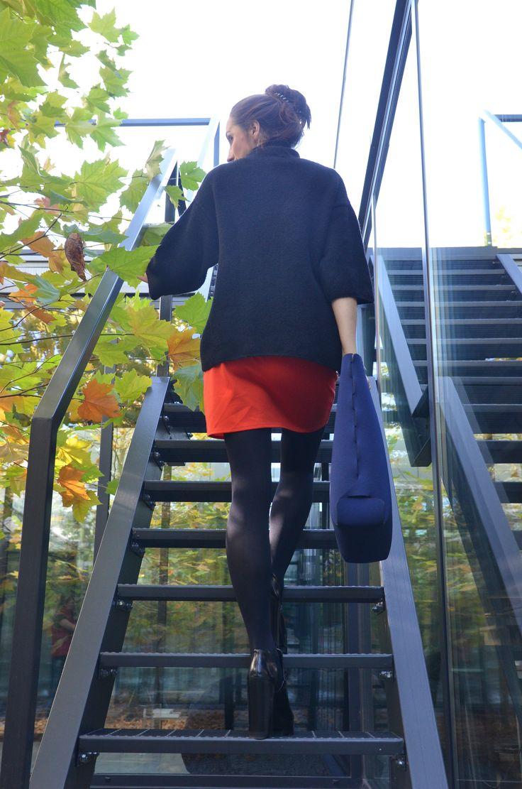 up, up, up stairs... yetibag.com BASIC ONE M