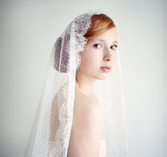Best 25 Vintage Wedding Hairstyles Ideas On Pinterest: Best 25+ Mantilla Veil Hair Ideas On Pinterest