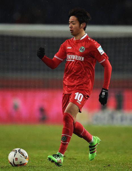 Hiroshi Kiyotake Photos - Hiroshi Kiyotake of Hannover in action during the Bundesliga match between Hannover 96 and VfL Wolfsburg at HDI-Arena on March 1, 2016 in Hanover, Germany. - Hannover 96 v VfL Wolfsburg - Bundesliga