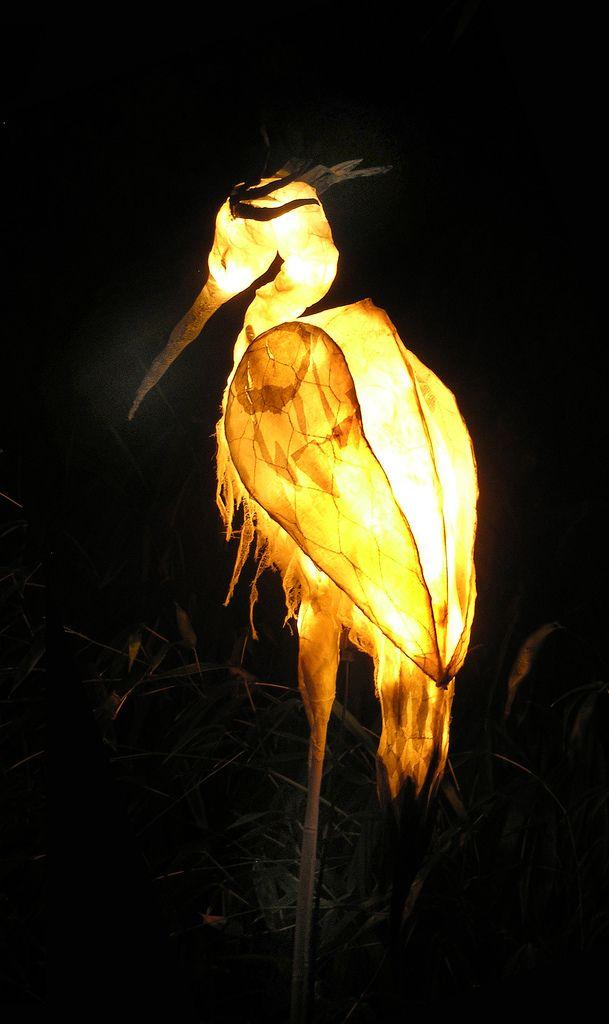 httpsflickrp4fqnVb lantern crane Paper LampsPaper